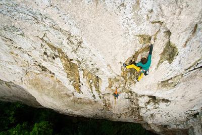 DMM Climbing - São Tomé big wall climb