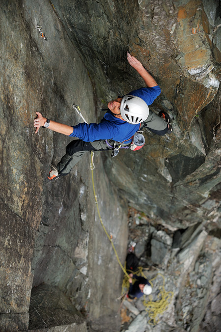 Ian on the upper part of the superb groove of pitch four. © Ray Wood