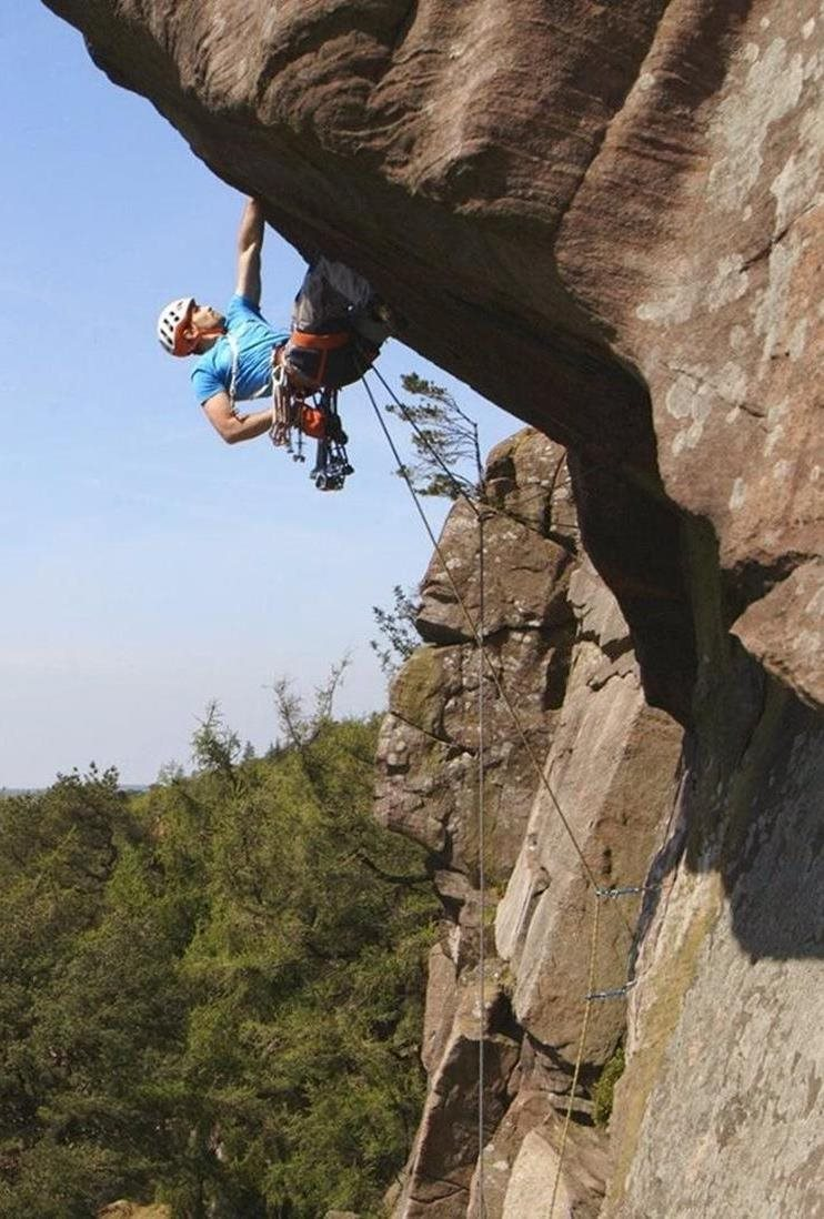 Jesse on The Sloth (HVS 5a) at the Roaches © Alastair Lee