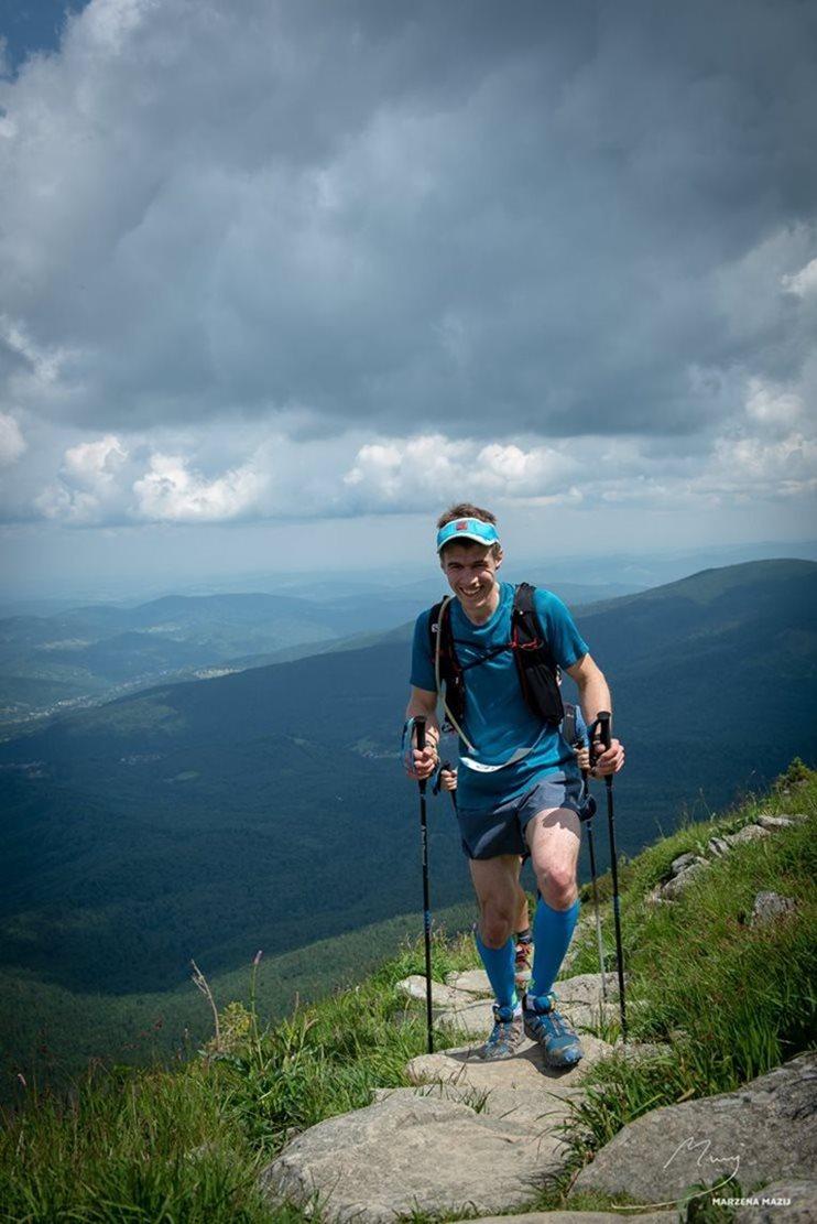 Maciek competing in the Babia Góra mountain running race © Marzena Maij Photography