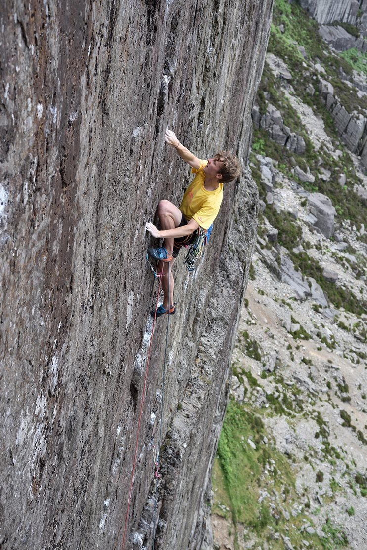 Oli making a smooth ascent of Lord of the Flies (E6 6b) in the Llanberis Pass © Ray Wood
