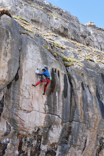 James McHaffie on his successful redpoint of Megalopa (8c+) © Ray Wood